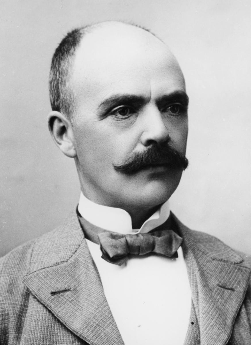 portrett, postmester, Ludvig Larsen