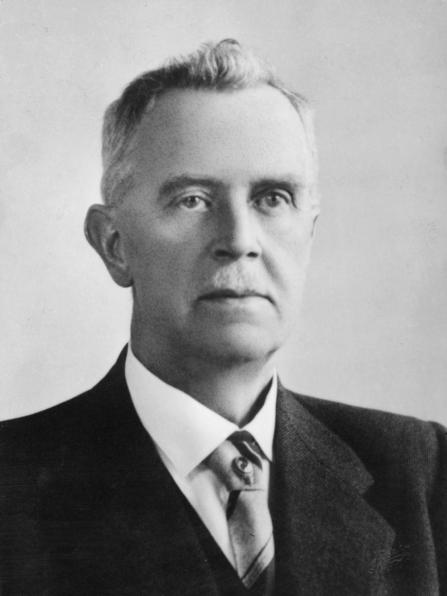 postmester, Støun Harald Wessel Sinding, portrett