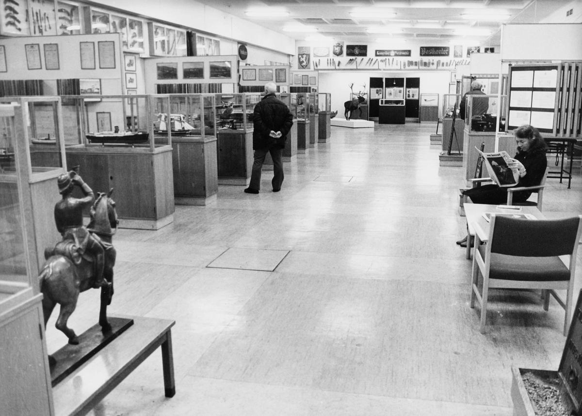 postmuseet, Dronningensgate 15, Oslo, 4. etasje, 1957-1988, Erik Mikael Sveum, Edna Hågensen, Postsparebanken, interiør
