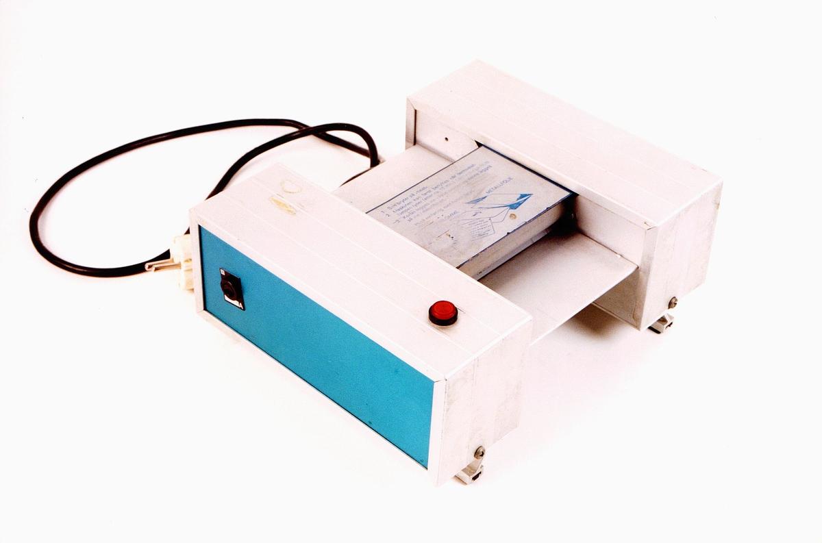 postmuseet, gjenstander, maskin, lamineringsmaskin for identitetskort
