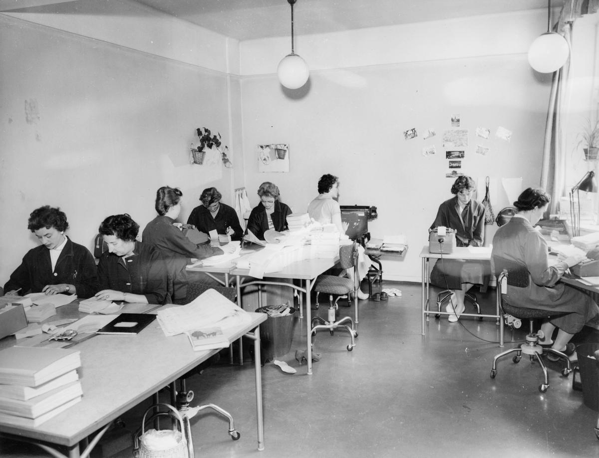 postgirokontoret, Oslo, Kirkegt. 20, interiør, kontrollavdelingen, kvinner