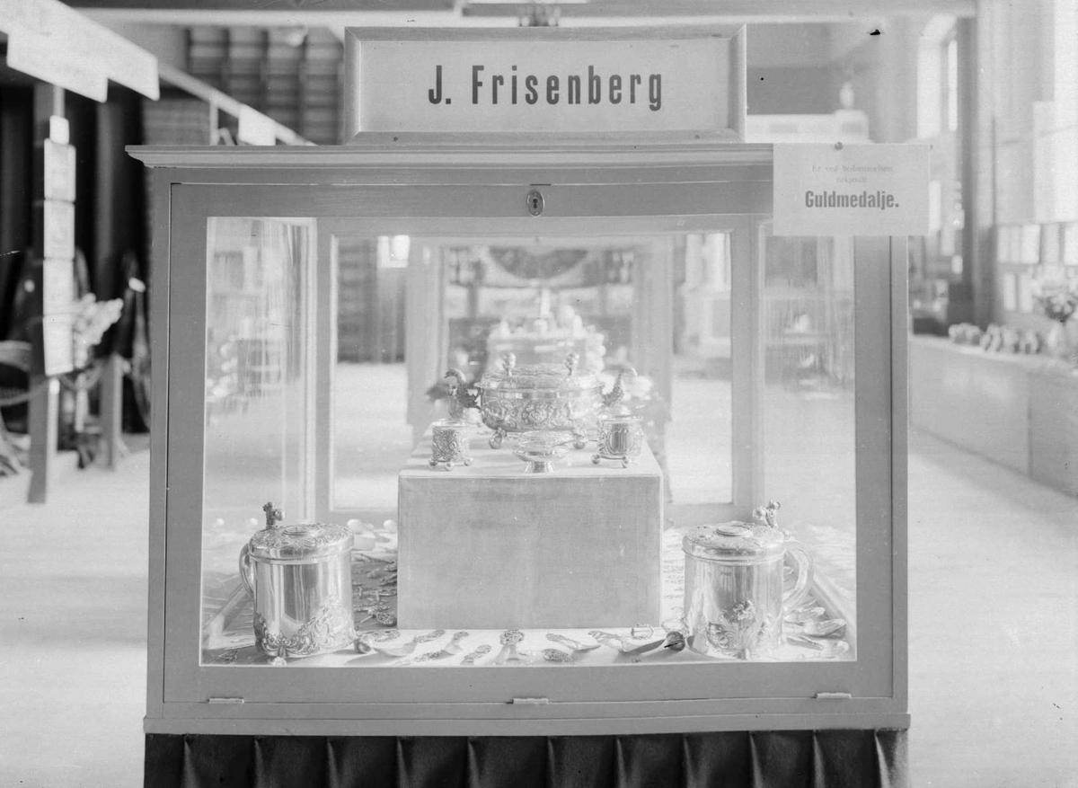 J.Frisenbergs gullmedalje fra gullsmedutstilling.