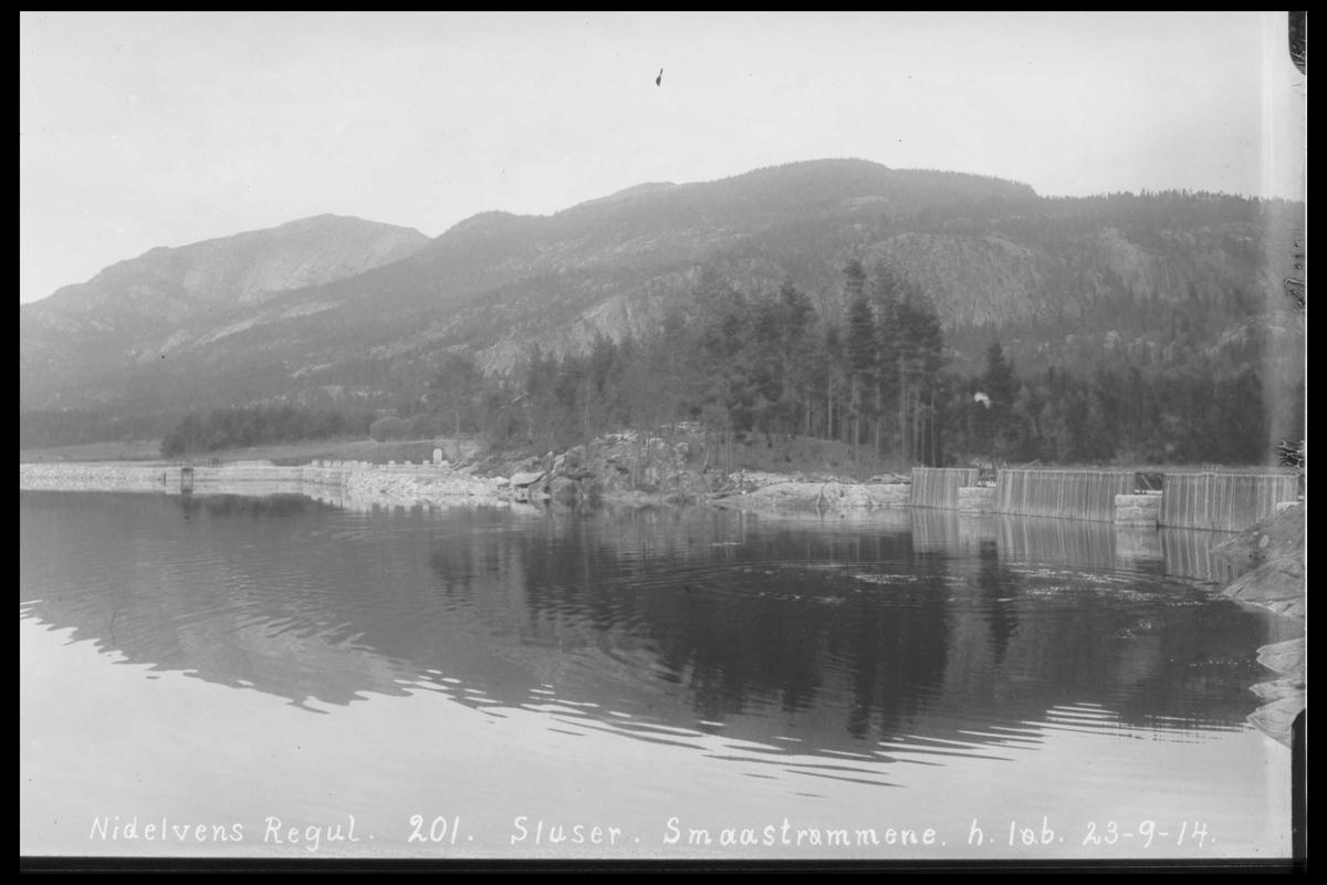 Arendal Fossekompani i begynnelsen av 1900-tallet CD merket 0446, Bilde: 65 Sted: Småstraumene Beskrivelse: Regulering