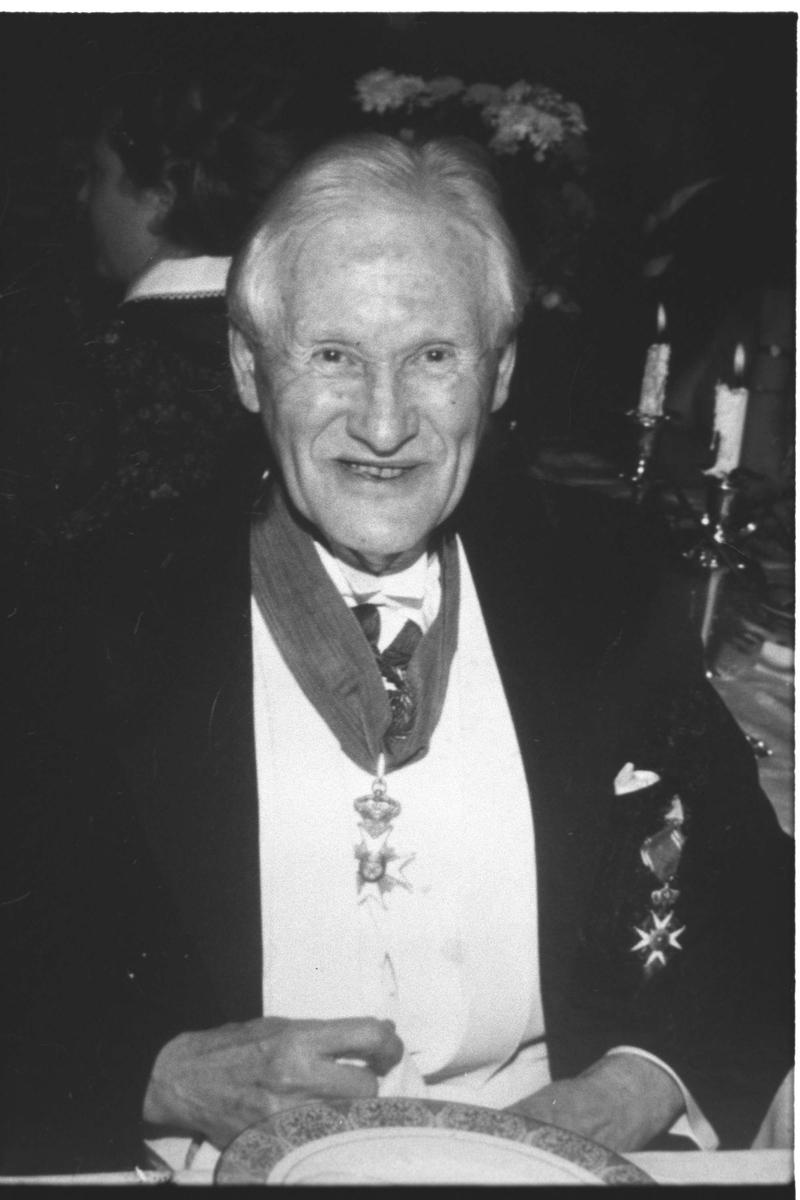 Nils N. Ihlen. 70-årsjubilant med St. Olavs Orden