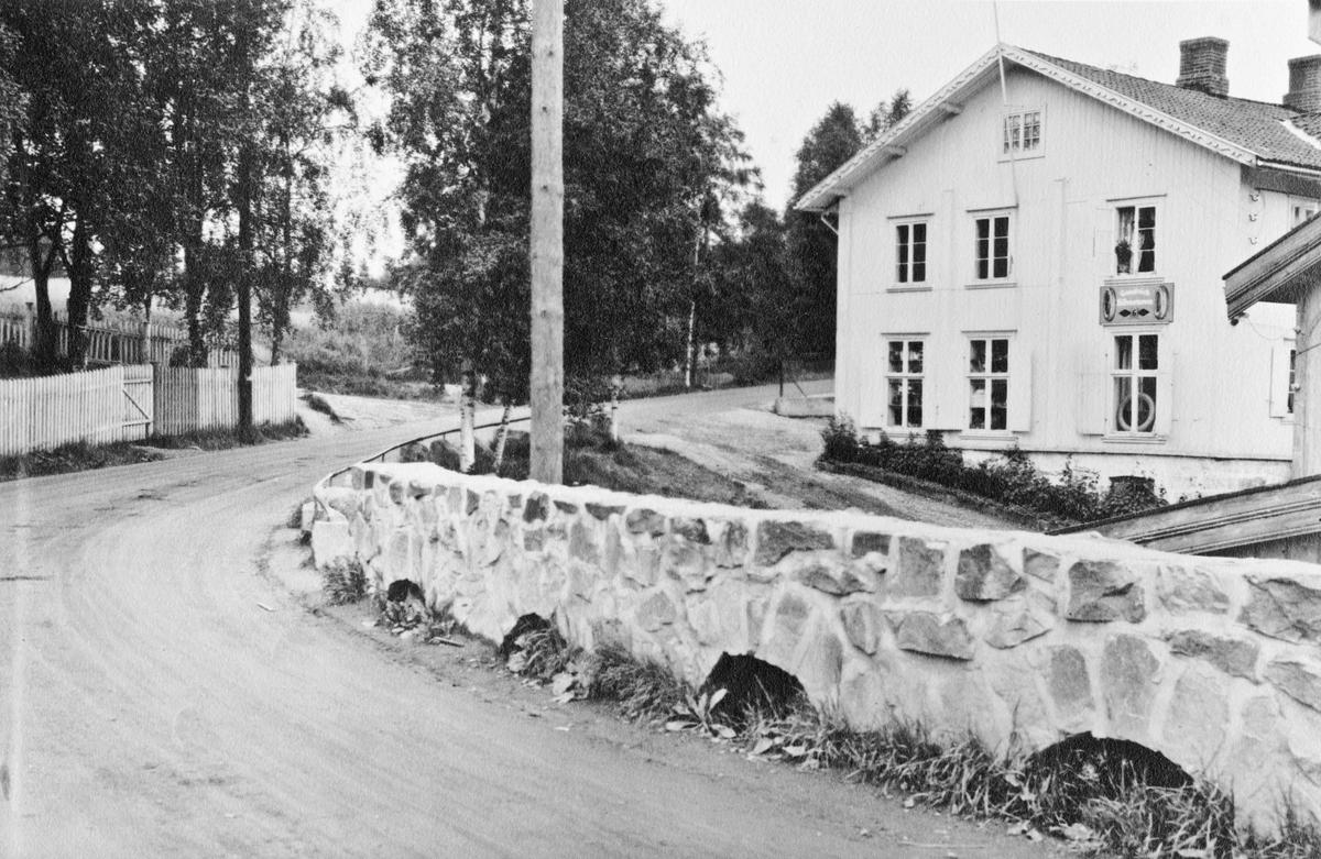 Eidsvoll Verk Landhandel. Mest sannsynlig før krigen.