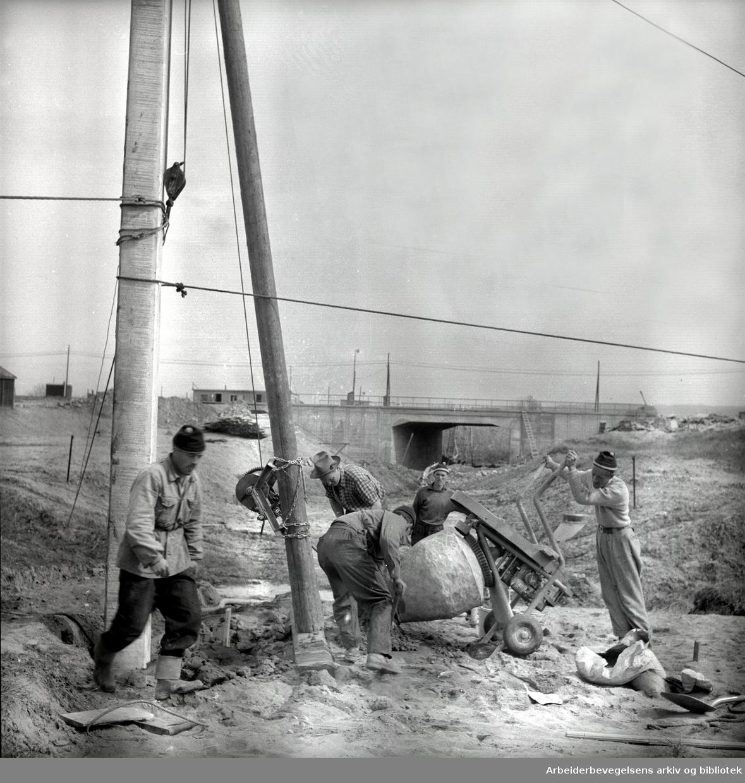 Lambertseterbanen under bygging,.mai 1956