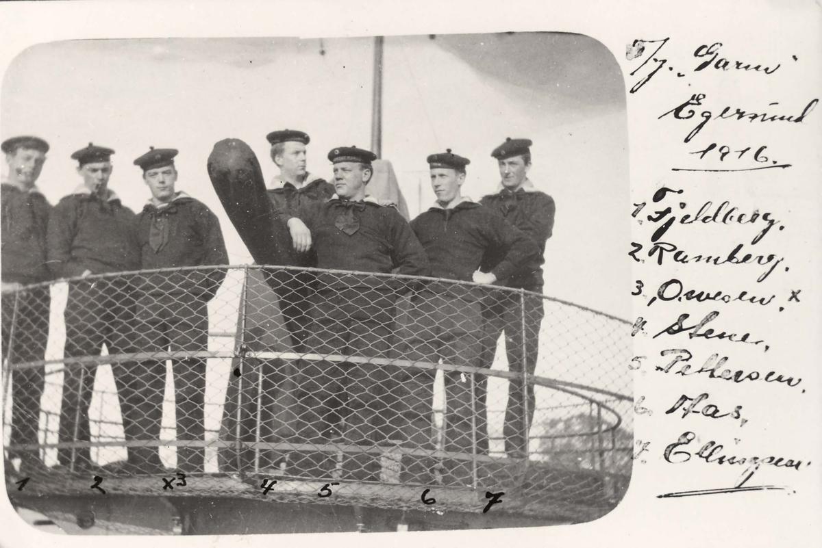 "Menig personell på torpedojageren ""Garm"" i Egersund 1916"