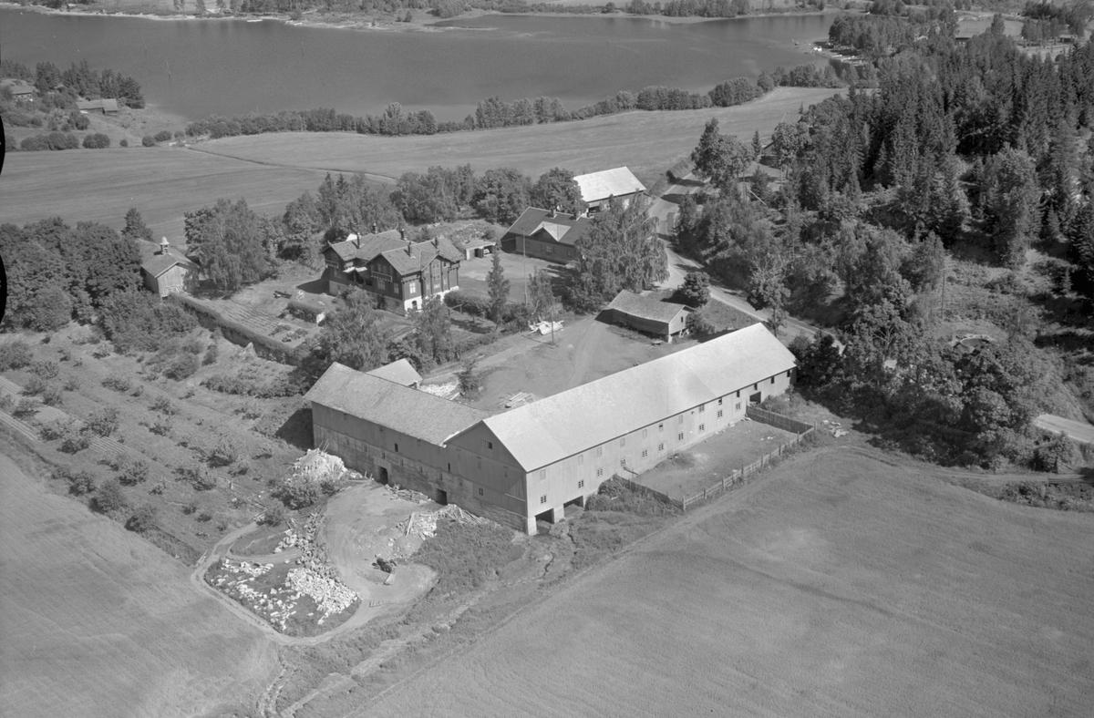 Flyfoto av Stein gard, Ringsaker.