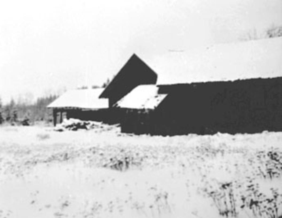 VENDKVERN SAG OG HØVLERI FØR DET BLE REVET I 1978, VINTER, VENDKVERN BRUK