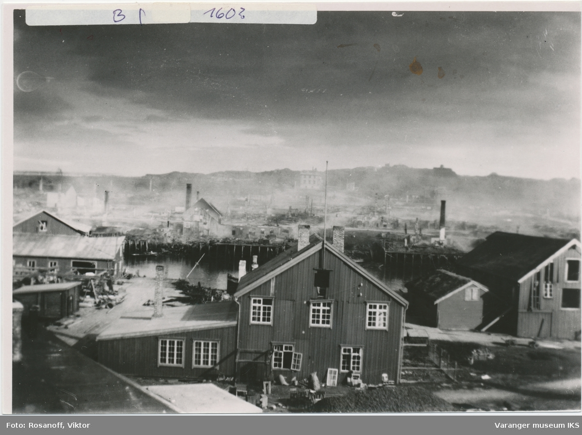 Vestervågen etter bombingen 23. august 1944