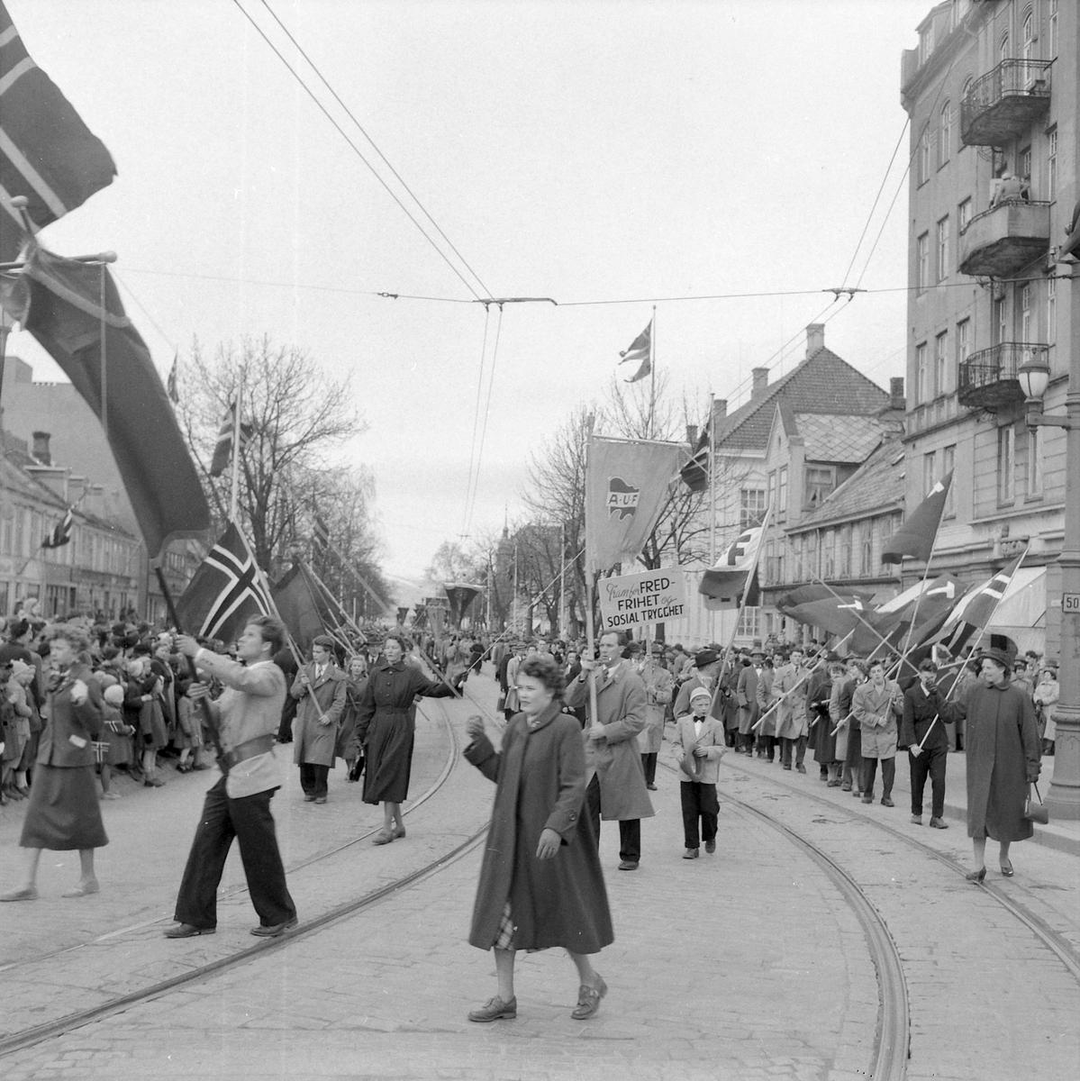 1. mai i Trondheim 1954