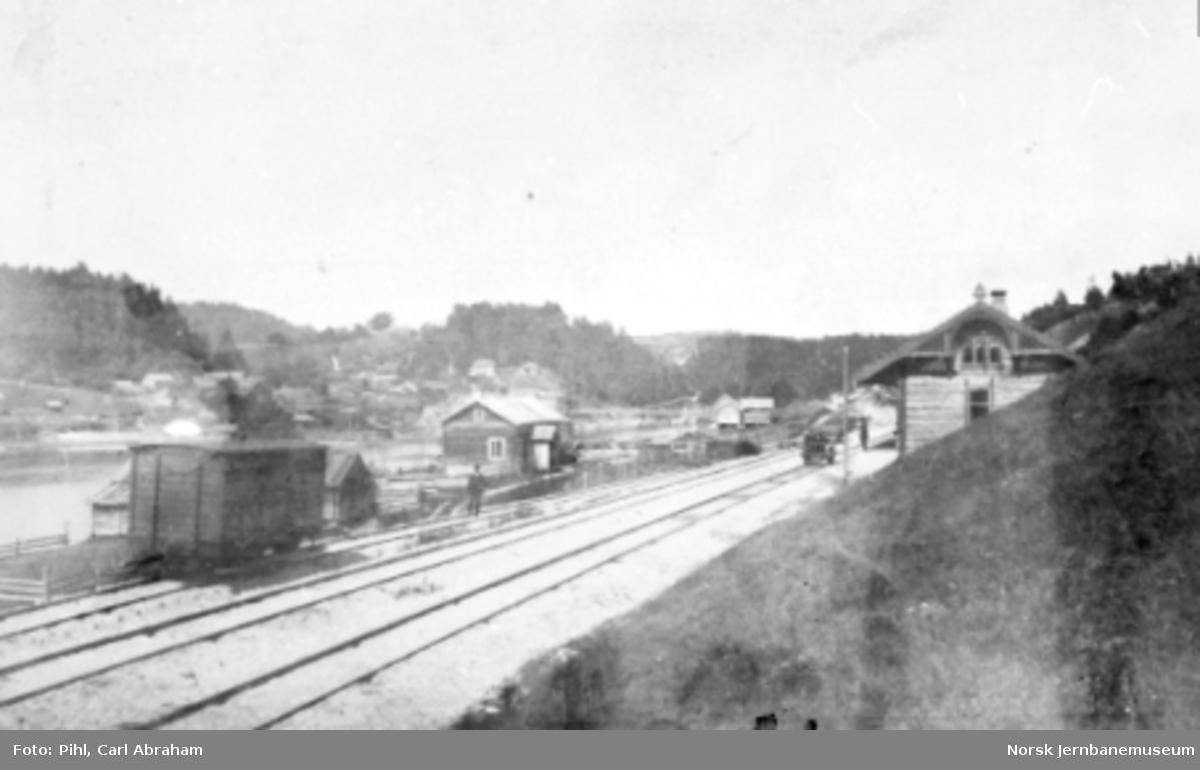 Åmot stasjon