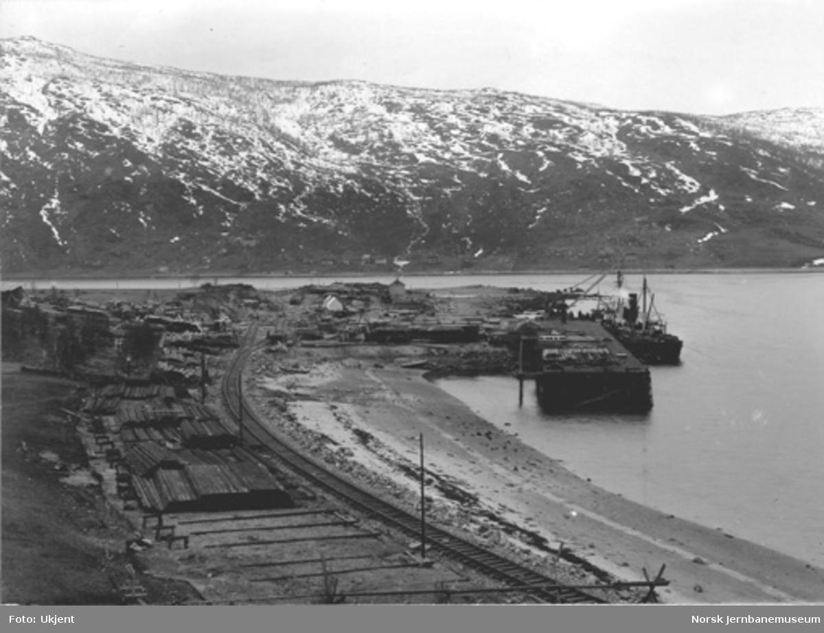 Statsbanenens kaianlegg på Fagernes i Narvik