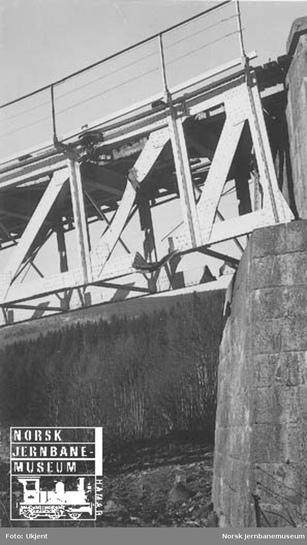 Langsveen bru skadet etter krigsoperasjonene i april 1940