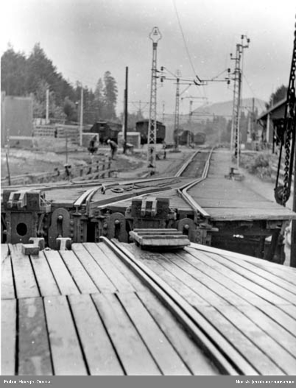Massetransport Borgestad-Rjukan : Tinnoset stasjon og fergeleiet