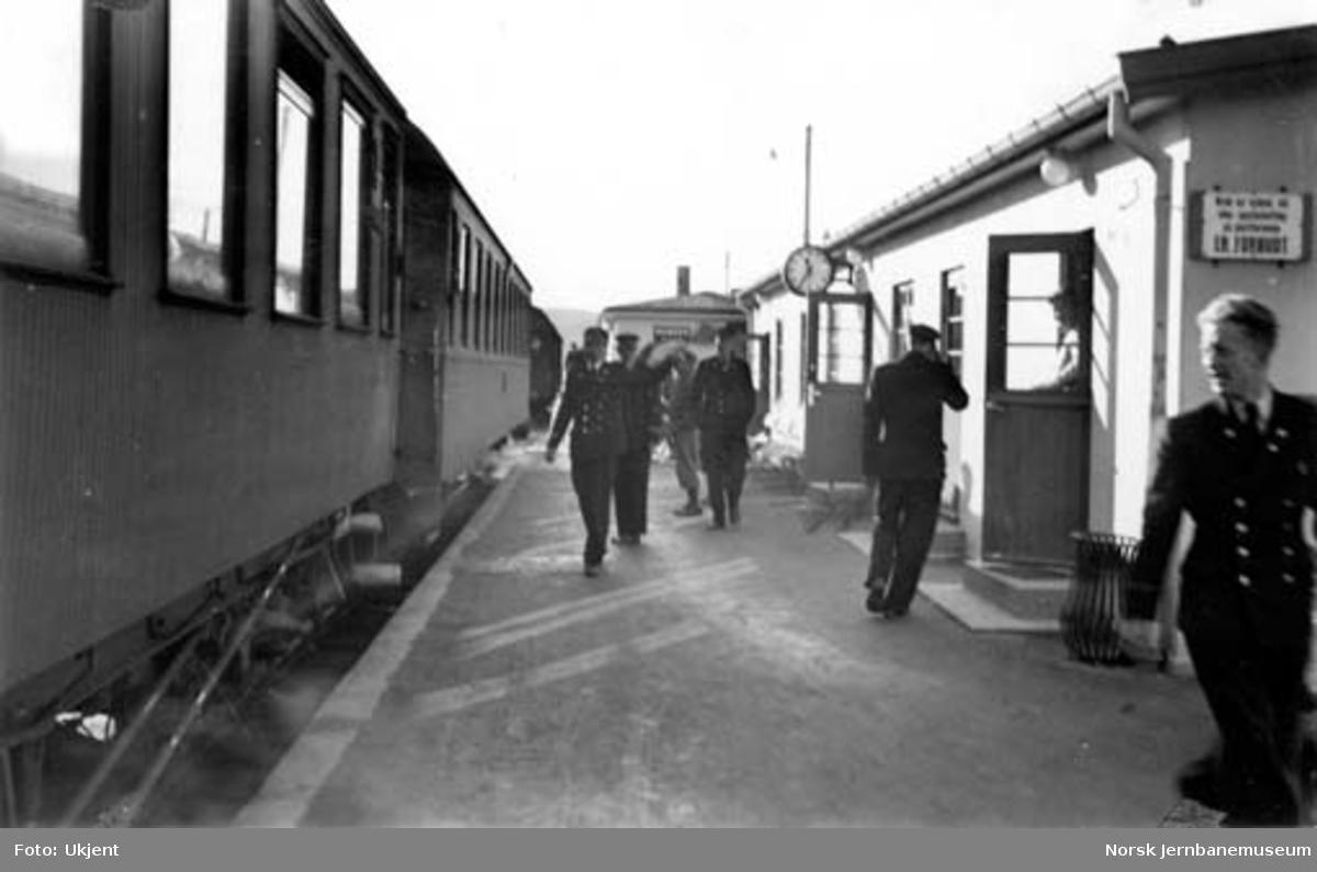 Namsos stasjon : klart for tog 2462