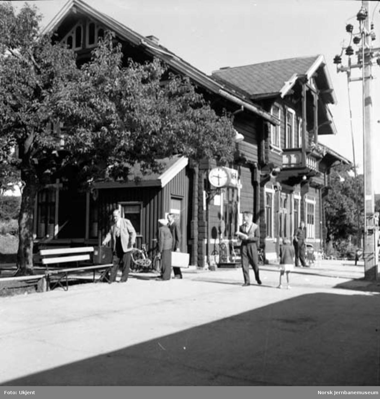 Lunner stasjon