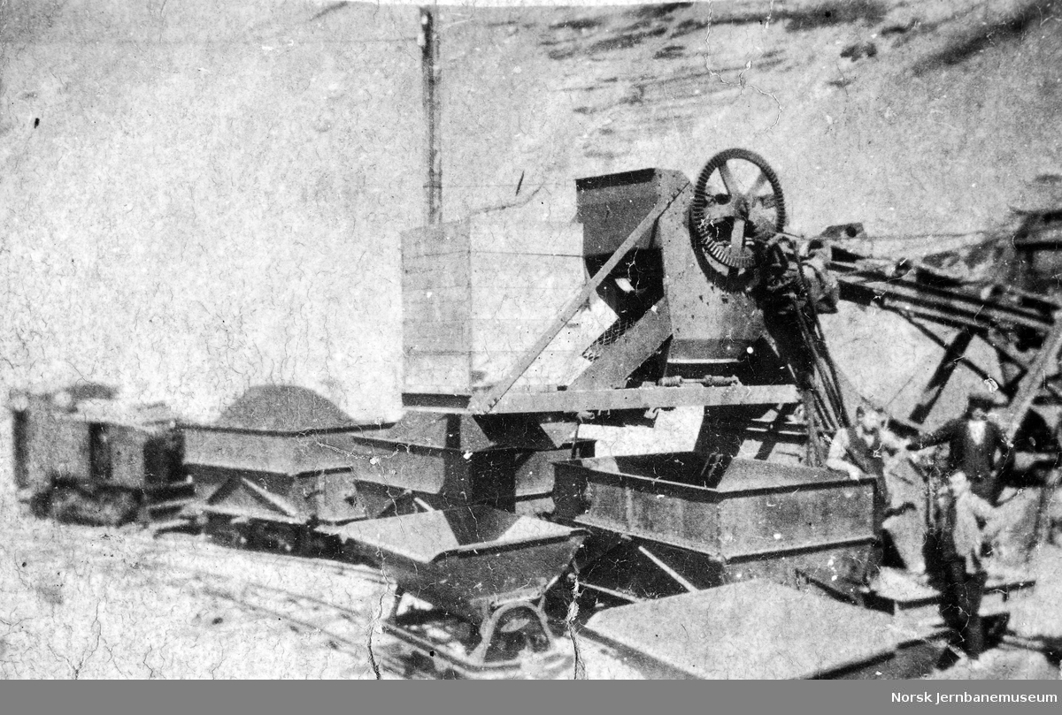 Skedsmo sandforretnings elektriske lasteapparat i Berger grustak