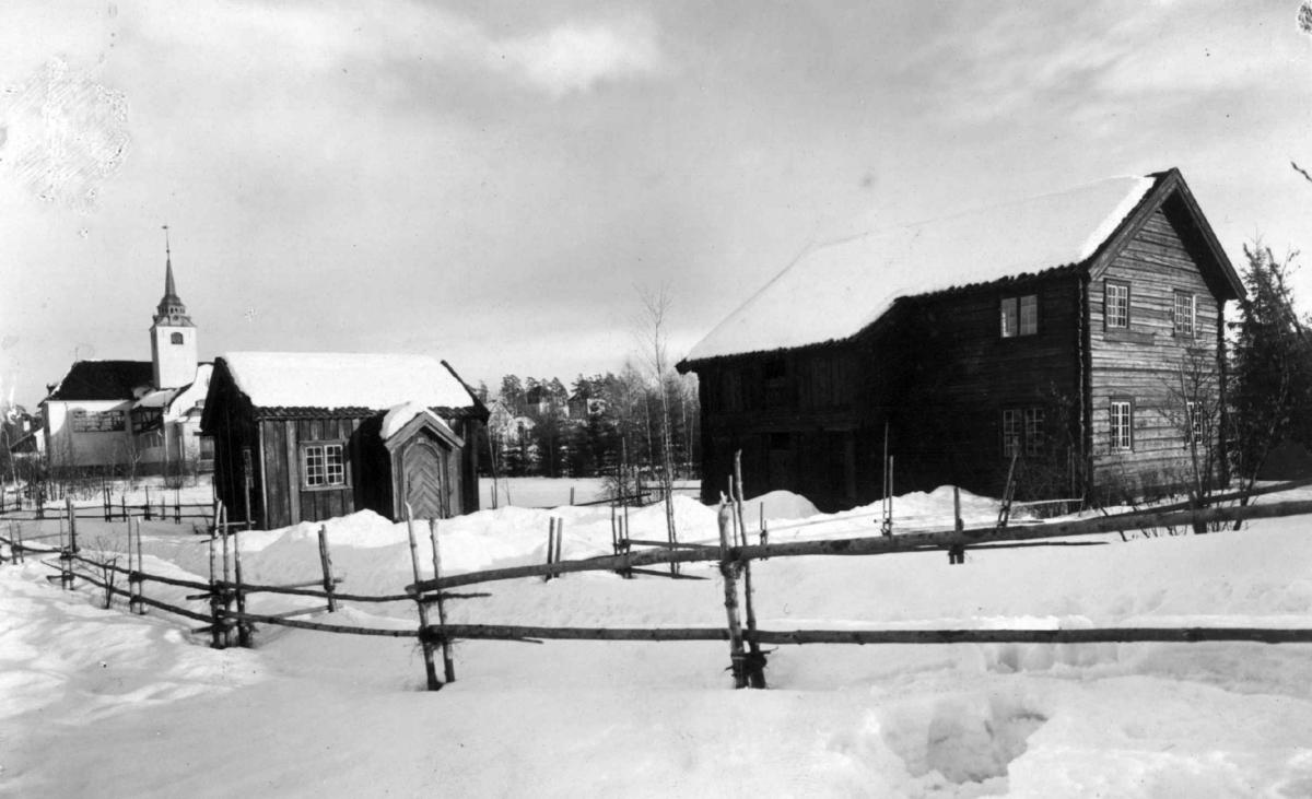 Stue fra Akkerhaugen, Sauherad og stue fra Nordre Yli, Heddal. Fotografert i Telemarkstunet på Norsk folkemuseum.