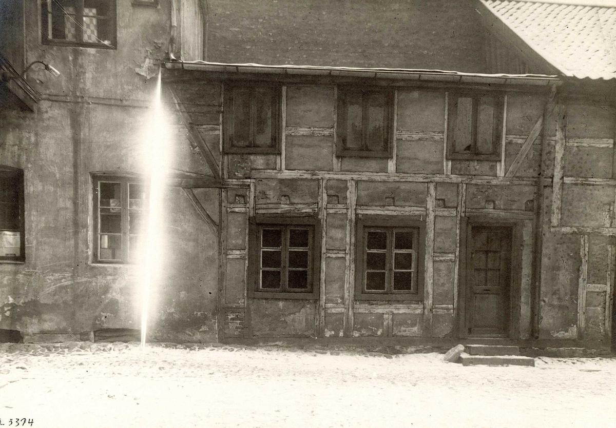 Brugata 6, Oslo, 1924. Bindingsverkshus.