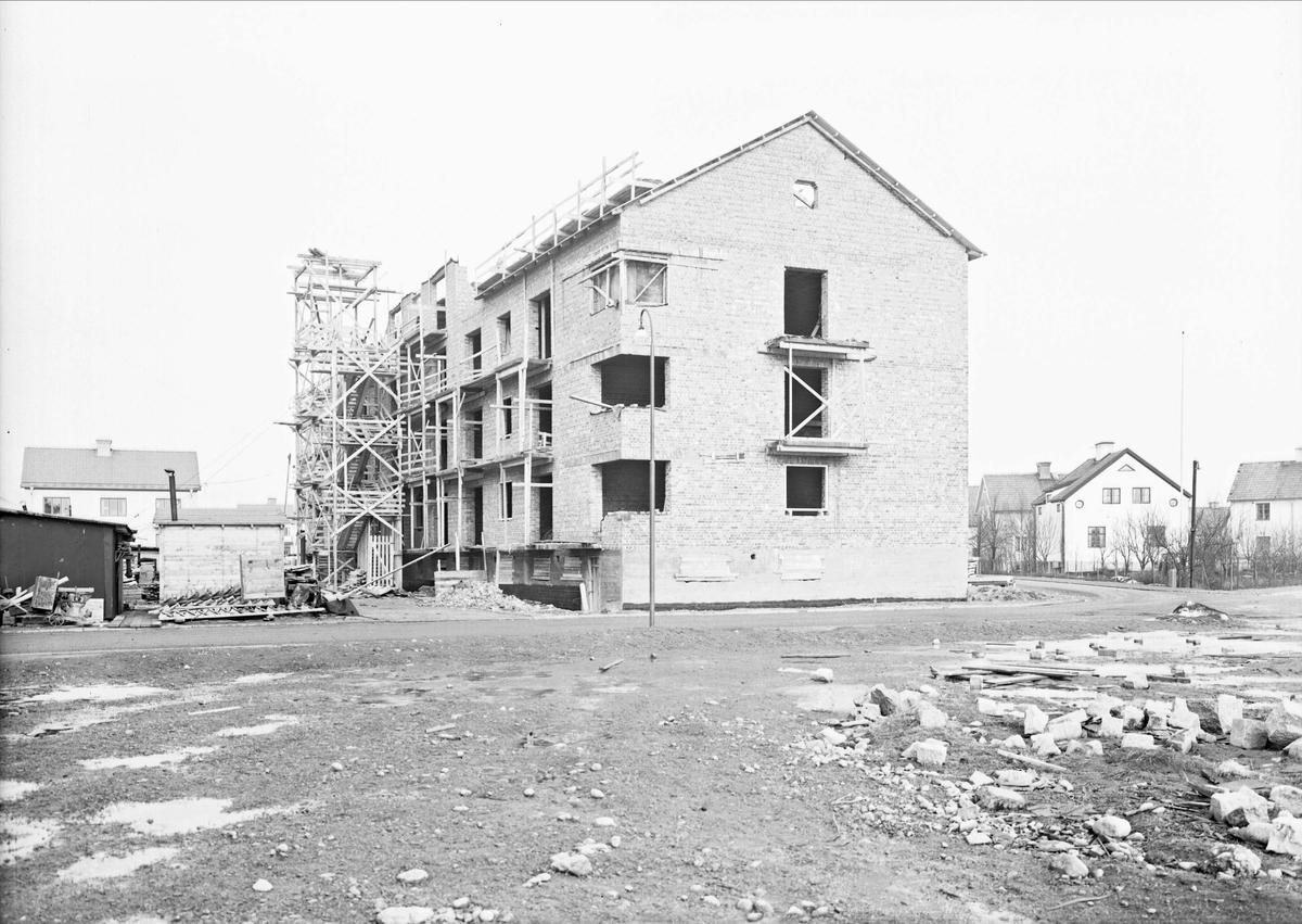 Flerbostadshus under uppförande, Uppsala 1938