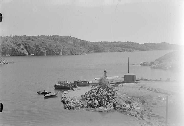 """Enligt AB Flygtrafik Bengtsfors: """"Dragsmark, Källviken färjeläget Bohuslän""""."""