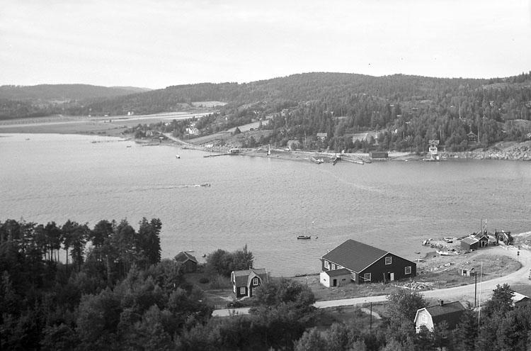 """Enligt AB Flygtrafik Bengtsfors: """"Nötesund fr. Orust Bohuslän""""."""