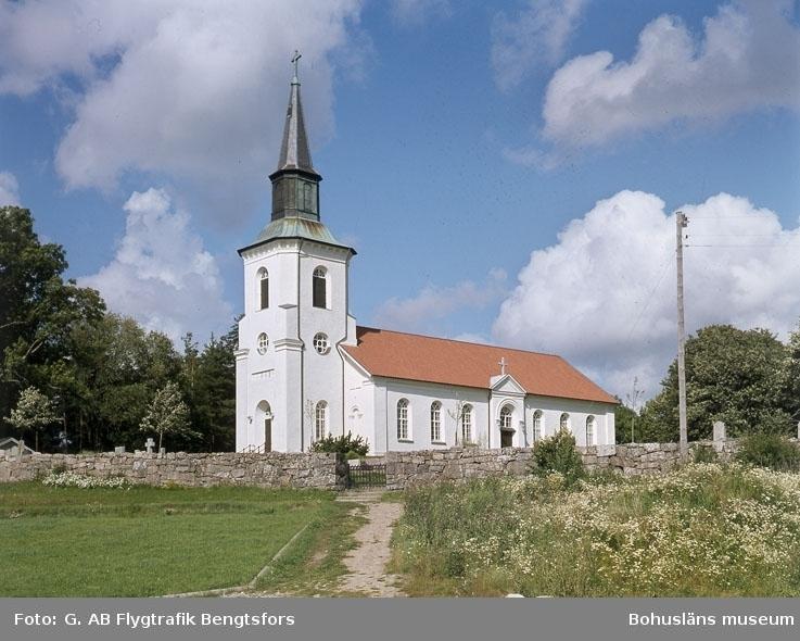 """Enligt AB Flygtrafik Bengtsfors: """"Lur kyrka Bohuslän"""".   ::"""