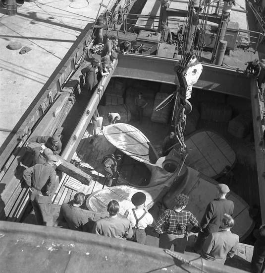Lossning av Josefina Thordéns propeller.