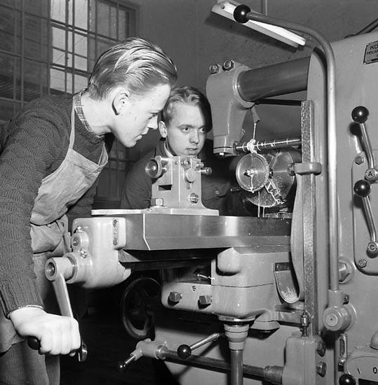 """Enligt notering: """"Praktisk maskinkurs feb 1951""""."""