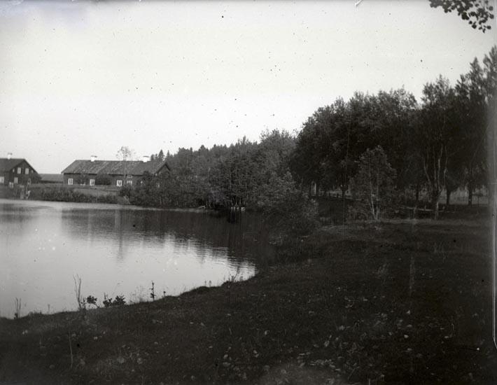 Viken vid Kilafors bassäng, Juli 1894.  ::