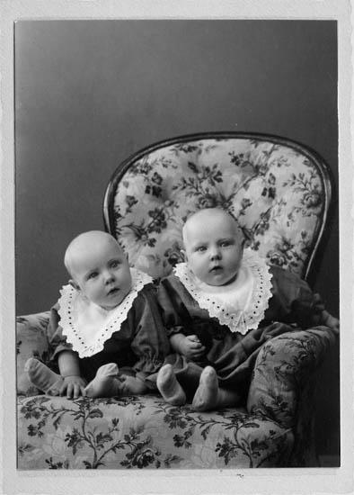 Rosa och Irma Bohlin 1916