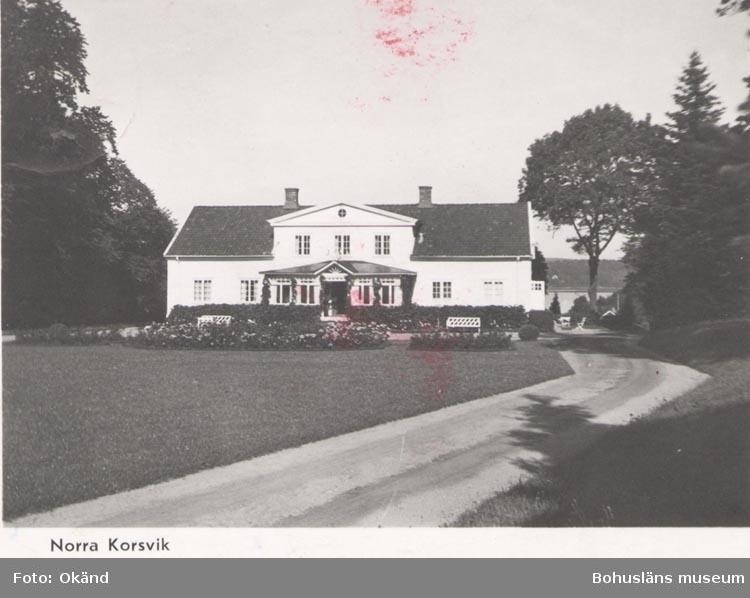 """Tryckt text på kortet: """"Norra Korsvik"""". ::"""