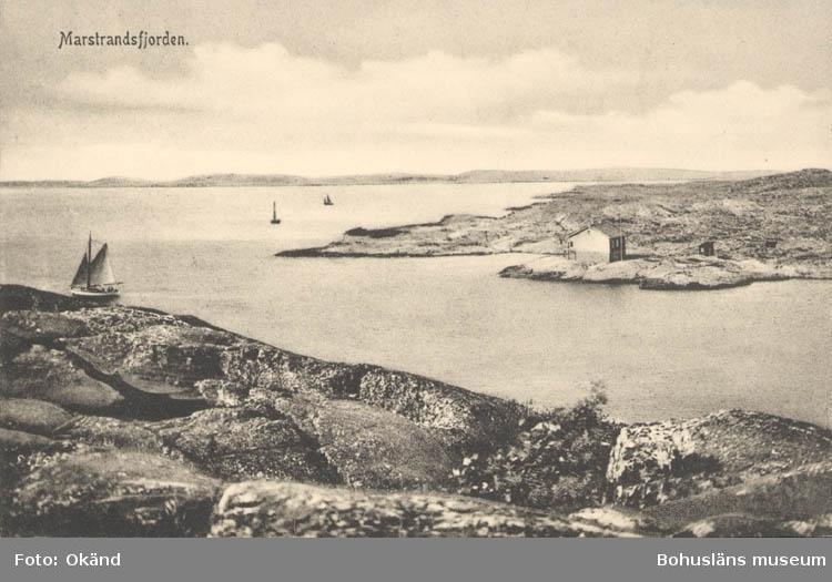 """Tryckt text på kortet: """"Marstrandsfjorden.""""  ::"""