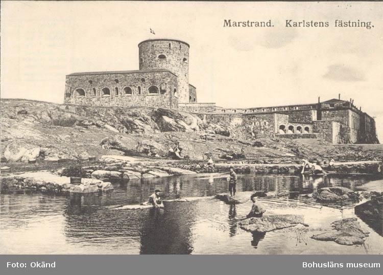 """Tryckt text på kortet: """"Marstrand. Karlstens Fästning."""" ::"""