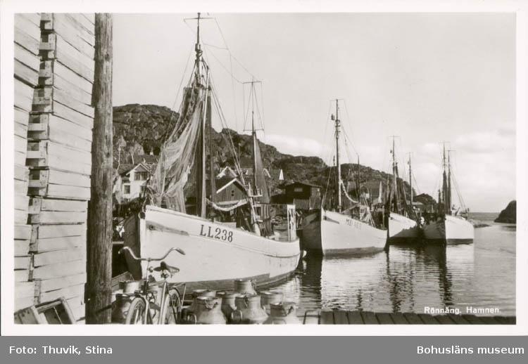 Hamnen i Rönnäng.