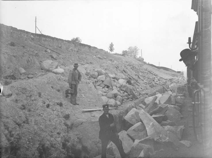 """Enligt text som medföljde bilden: """"Raset vid Smedseröd. Statsbanan Maj 1904."""""""