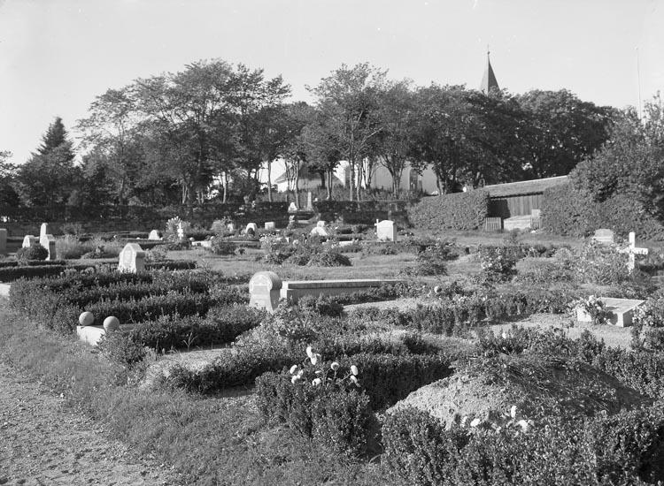 """Text som medföljde bilden: """"1936. 46. Foss Kyrkogård."""""""