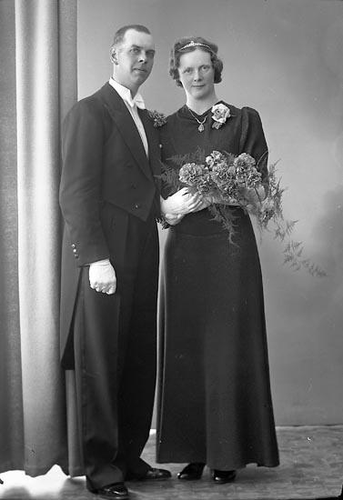 "Enligt fotografens journal nr 6 1930-1943: ""Johansson, Sven Handl. Gbg""."