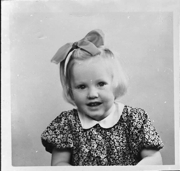 """Enligt fotografens journal nr 7 1944-1950: """"Johansson, Herr Arvid Här kopia""""."""