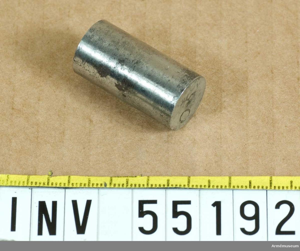 Grupp E VIII. Kalibertolk märkt 0,52.