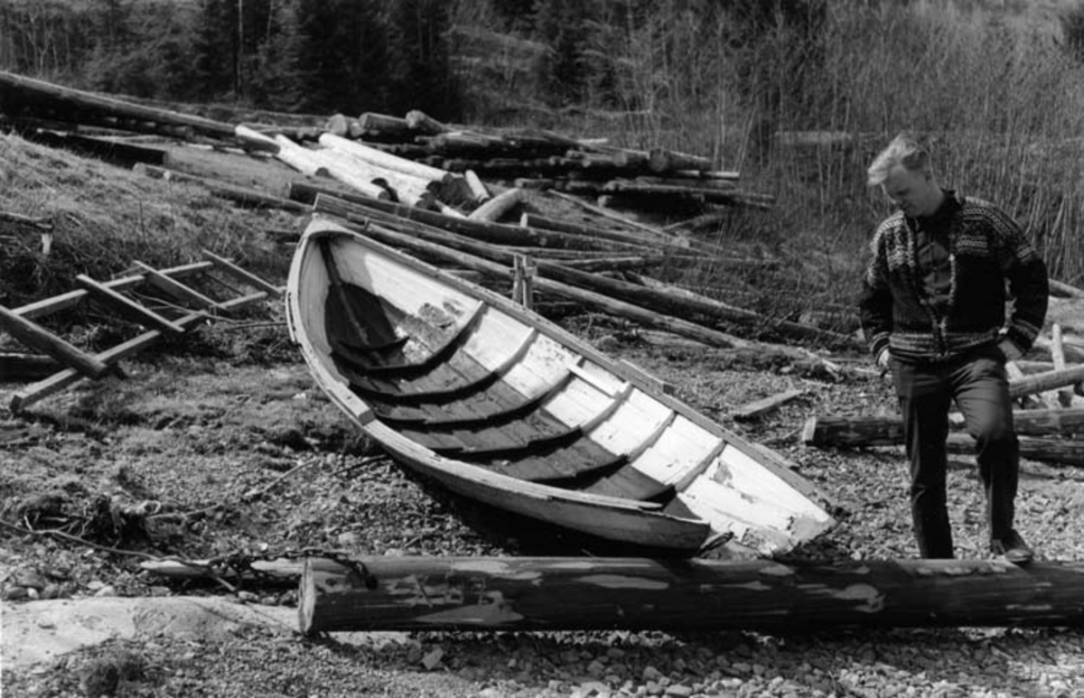 Skrivet på baksidan: Randsfjorden 1965