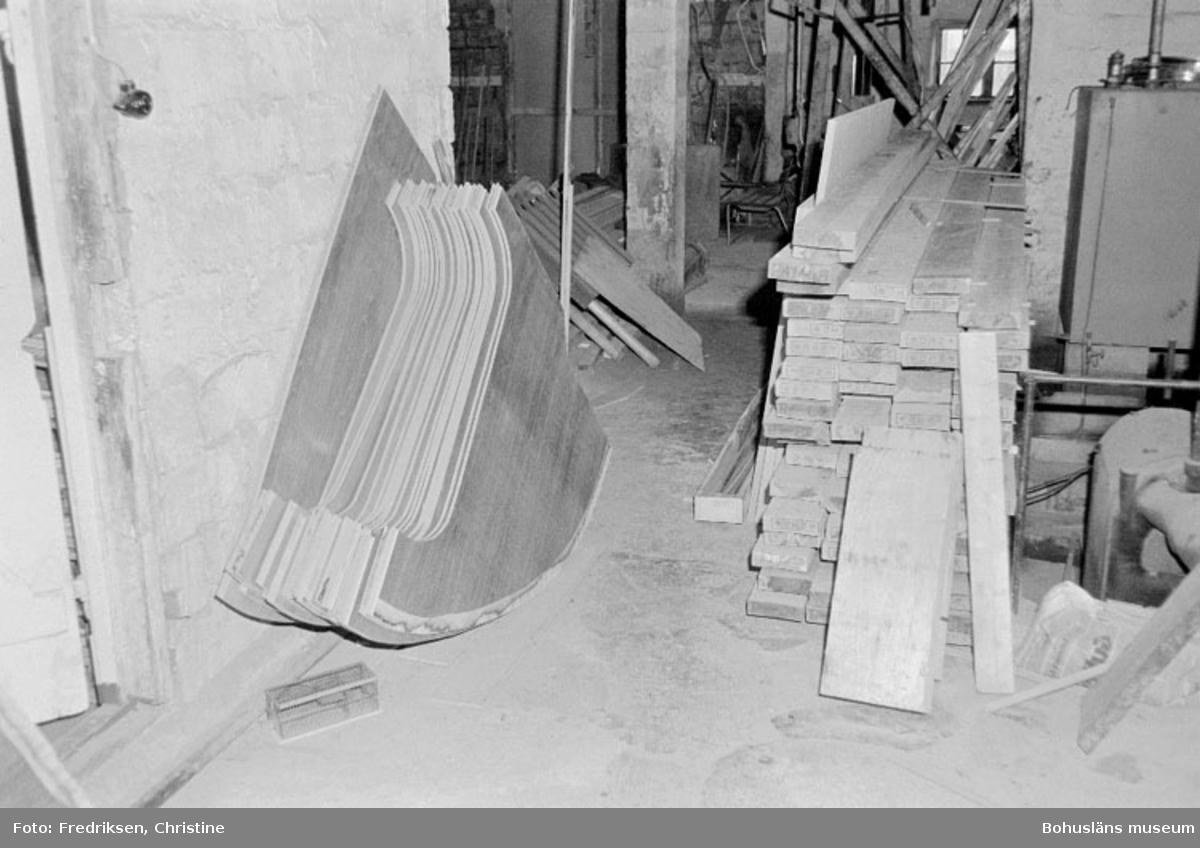 """Motivbeskrivning: """"Widholms industri AB."""" Datum: 19800911"""