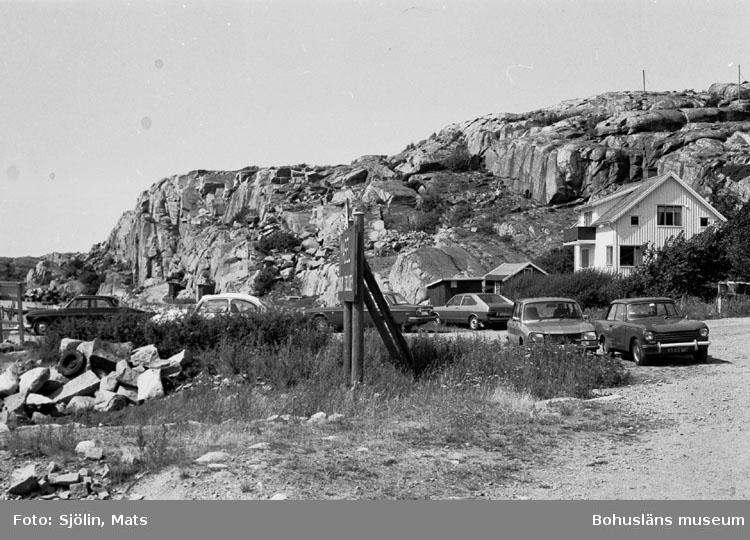 """Bohusläns samhälls- och näringsliv. 2. STENINDUSTRIN. Film: 41  Text som medföljde bilden: """"Brott o. utskeppning. Juli 1977."""""""