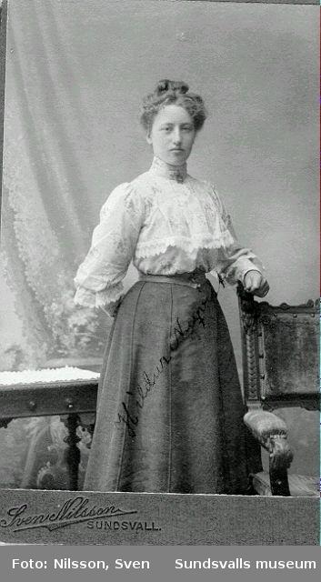 Hildur Sjölund, f 14/2 1888, d 21/10 1970, dotter till Nils och Marta Nyqvist, Uddarna.