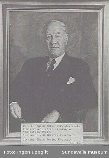 """Alnö hembygdsförenings fotosamling. AL-167.Givare: Gösta Sedin, Karlsvik.W T Lindgren 1882-1952, den siste träpatronen. Orginalet en målning av (David) """"Tägtström 1942"""""""