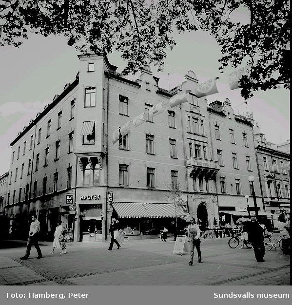 Storgatan 18. Här bodde paret Stéenhoff och här hade fotografen Sven Nilsson sin ateljé.
