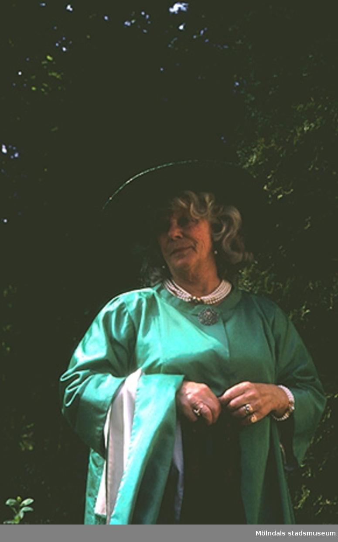 Margit Wannerberg på Hattsällskapets fest i Pixbo.