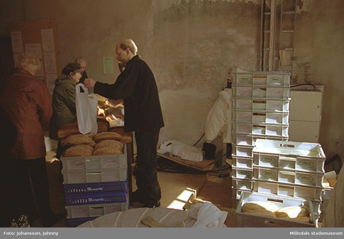 Brödförsäljning i Nymans kvarn.