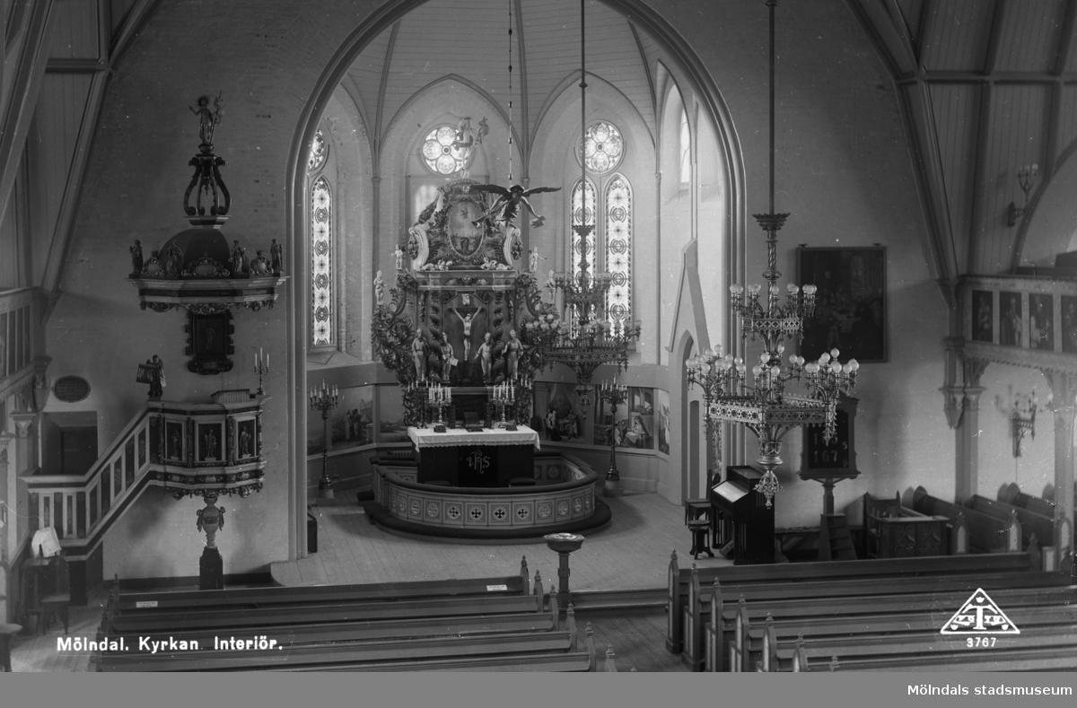Fässbergs kyrka, interiör.